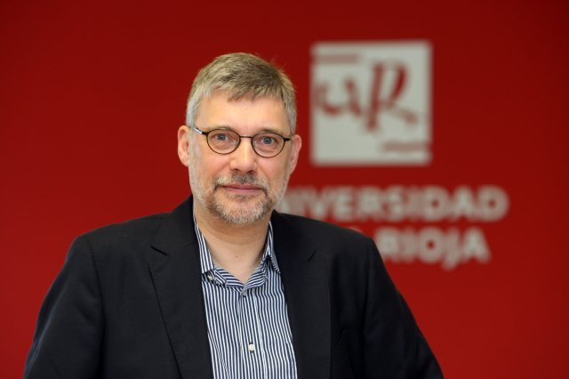 Dr. Christoph Perleth