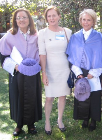 Dra. Luz Pérez, Dra. Pilar Dominguez y Dra. Sylvia Sastre i Riba