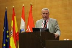 Dr. Toni Castelló